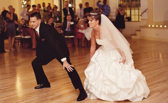 The Ultimate List Of 90s Wedding Songs Throwback Thursday