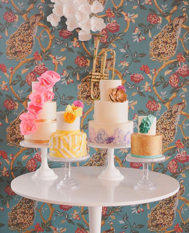 Wedding cake tables: June Bug Company / TheKnot.com