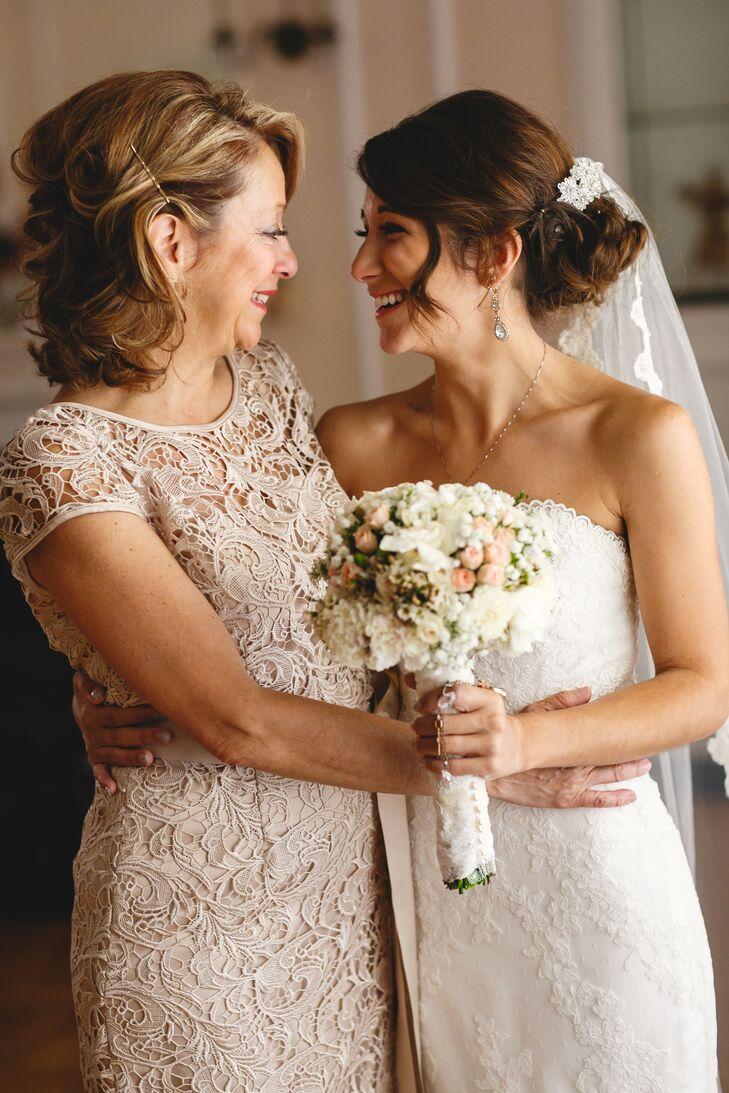 Что одеть маме на свадьбу дочери - советы по выбору фасона, модели 357