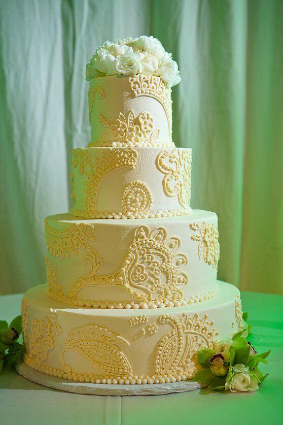 Henna-decorated Wedding Cake