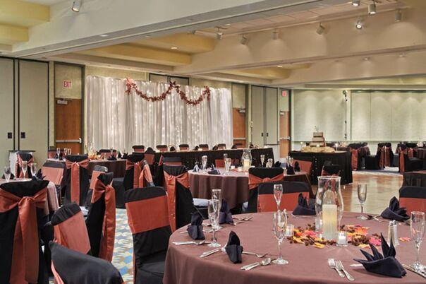 Wedding Reception Locations Near Toledo Ohio : Radisson at the university of toledo