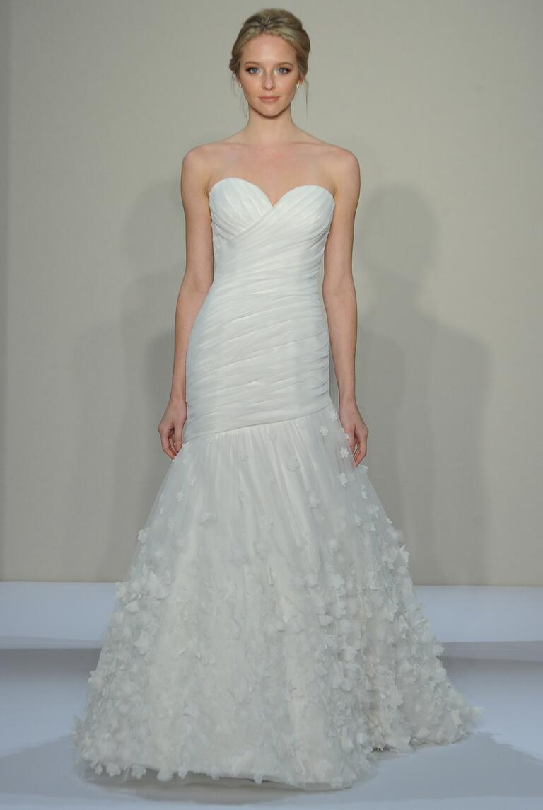 Dennis Basso Fall 2016 Collection: Bridal Fashion Week Photos