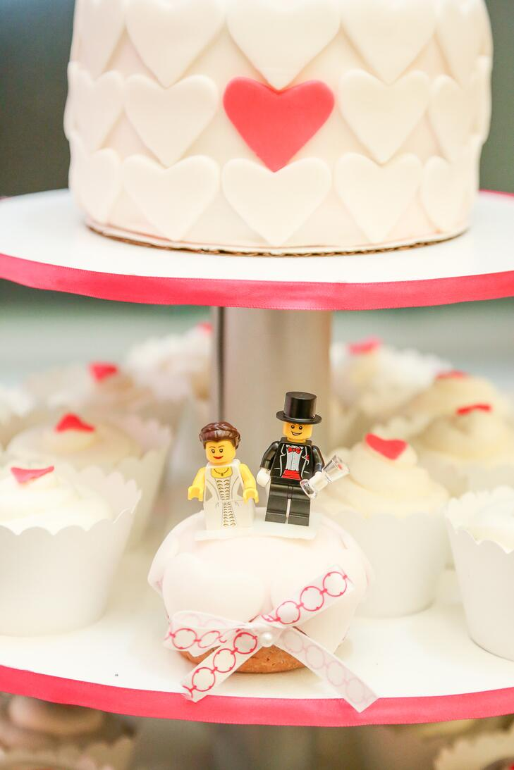 Bride And Groom Lego Cupcake Topper