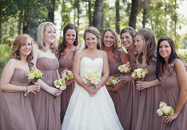 Photo: Lauren Liddell Photography // The Knot Blog