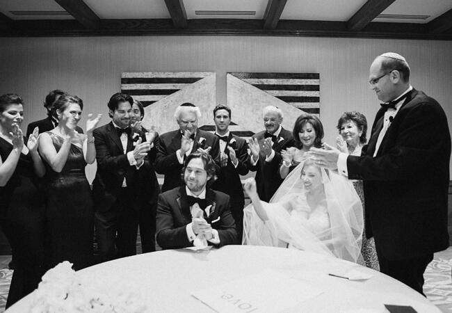 Signing The Ketubah // Mi Belle Photographers