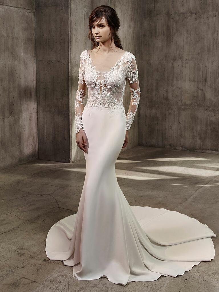 Badgley mischka fall 2017 collection bridal fashion week for Simple form fitting wedding dresses
