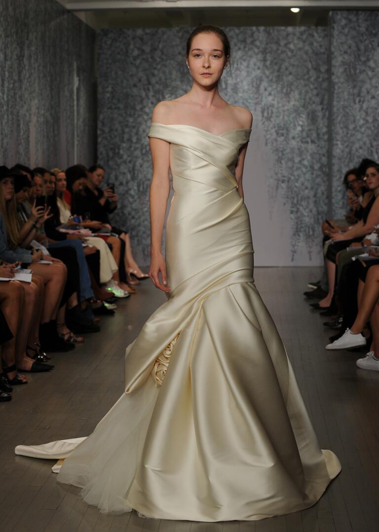 Monique Lhuillier Wedding Dress Detachable Skirt 91