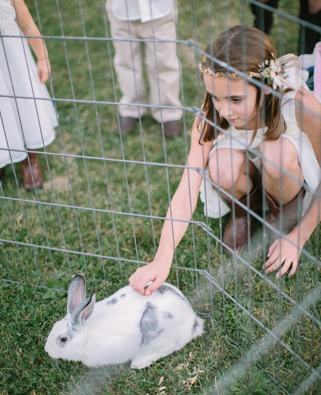 Bunny wedding inspiration: Megan Thiele / TheKnot.com