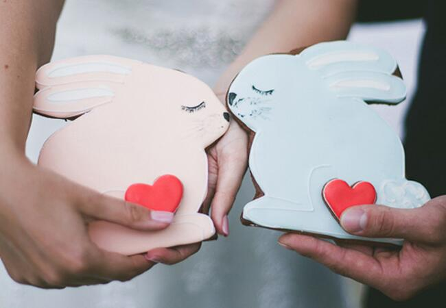Bunny wedding inspiration: Yana Yartseva via Wedding Chicks / TheKnot.com