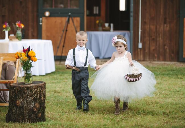 10 Stylish Flower Girl Looks|Photo Love Photography|blog.TheKnot.com