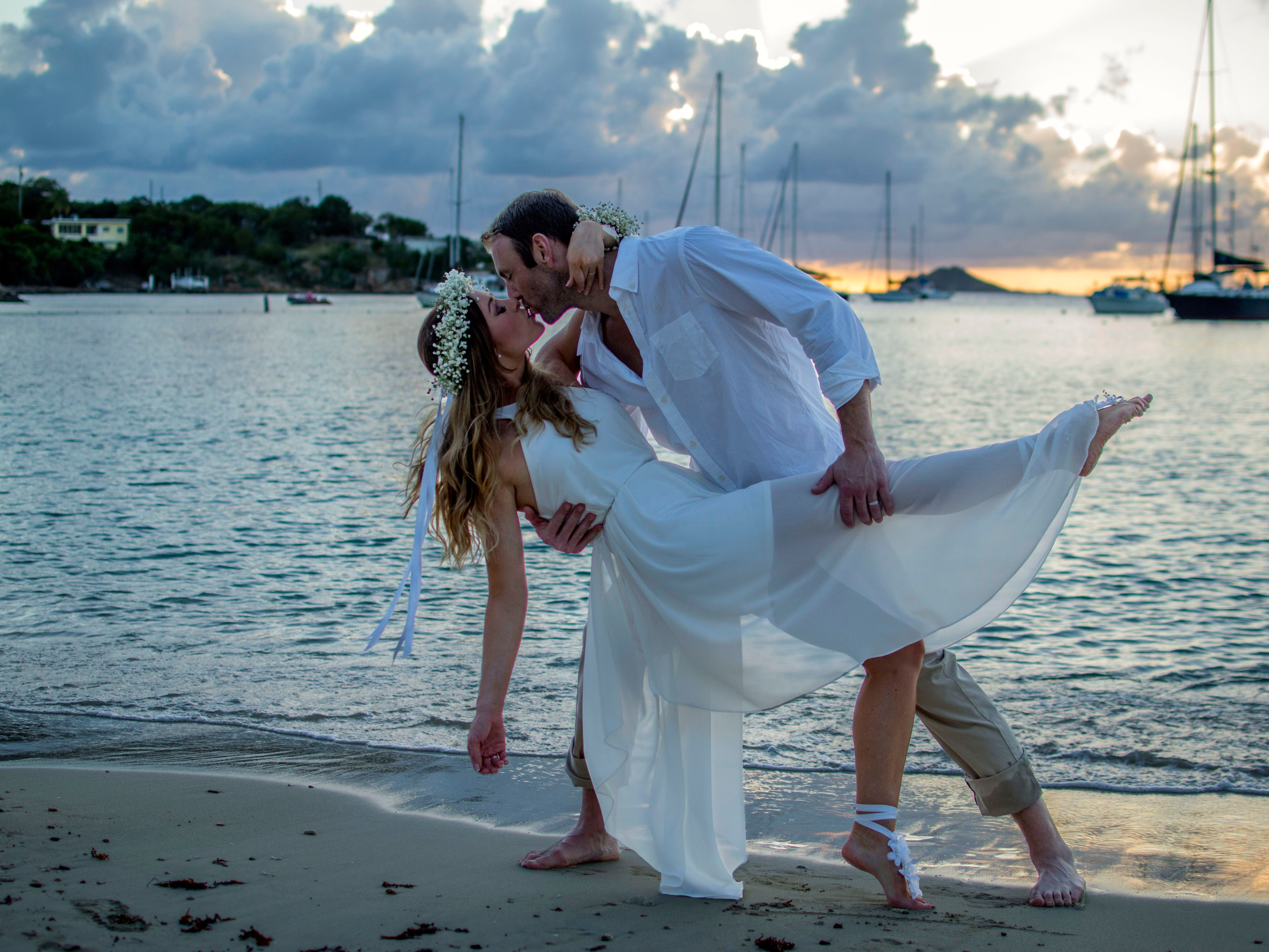 See \'Married at First Sight: The First Year\' Stars Vow Renewal!