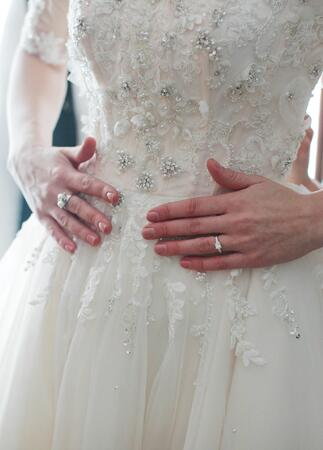 Photo: Sara Kauss Photography // Featured: The Knot Blog