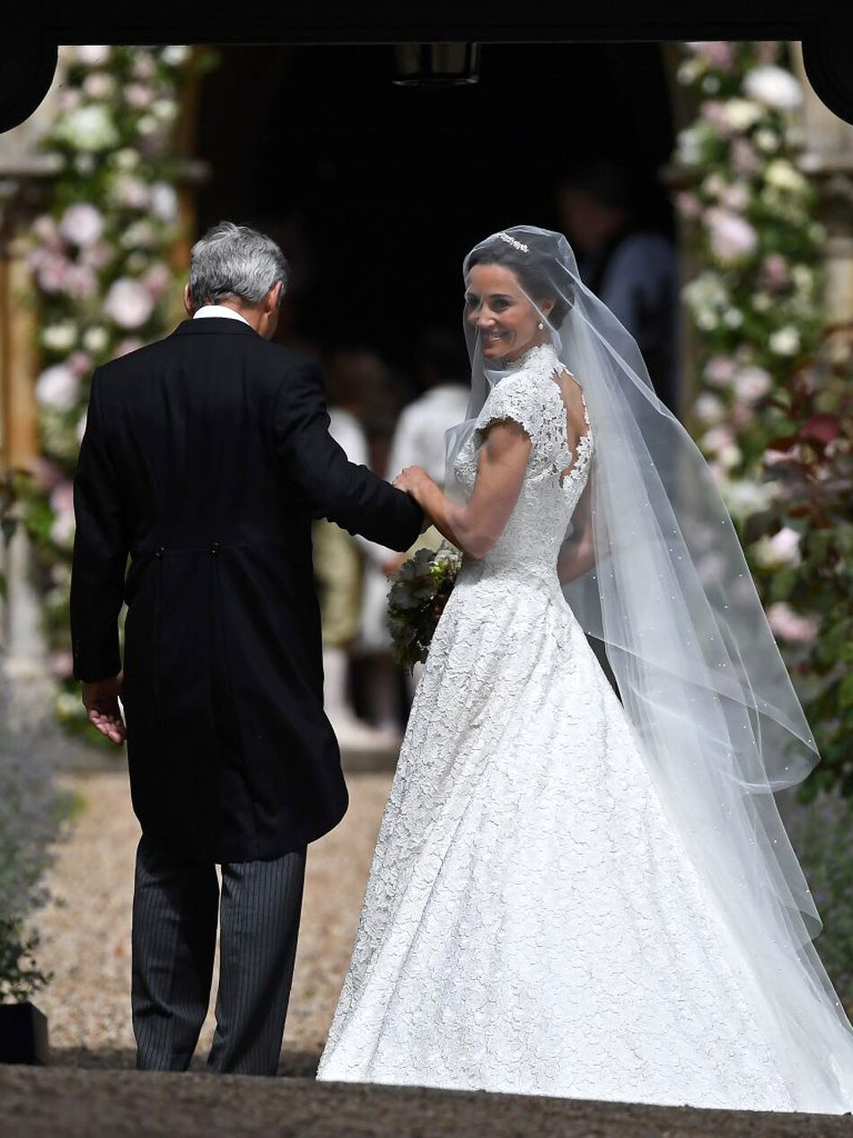 cd0b03f5571 The 54 Best Celebrity Wedding Dresses of All Time