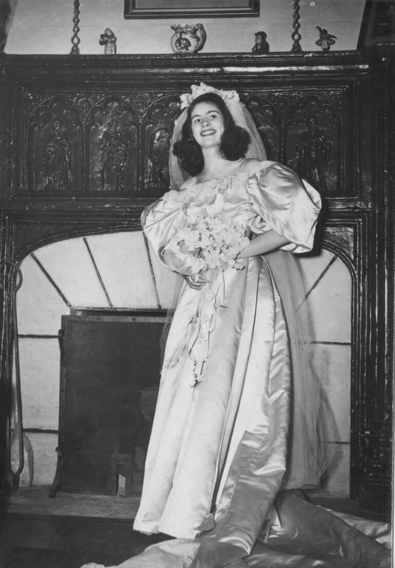 Jane Woodruff Kearns wedding dress from 1946