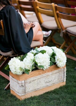 Ceremony Aisle Flowers // Mi Belle Photographers