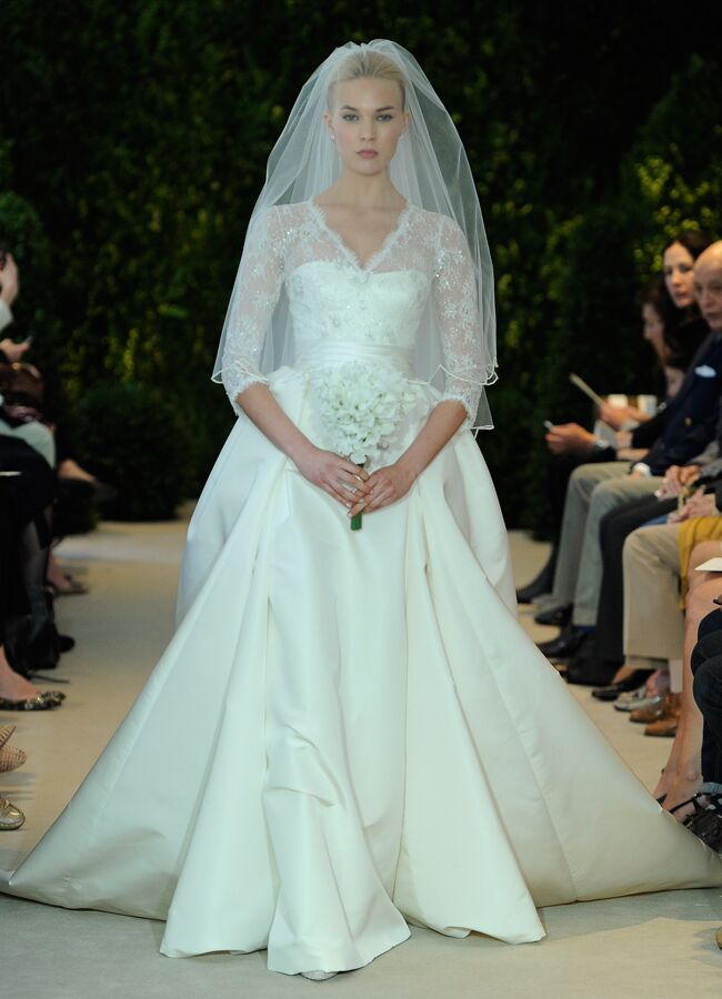 Holly Madisons Stunning Wedding Dress Get The Look