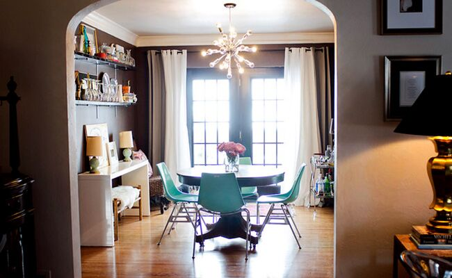 An Eclectic Dining Room Thats Perfect For A Modern Thanksgiving
