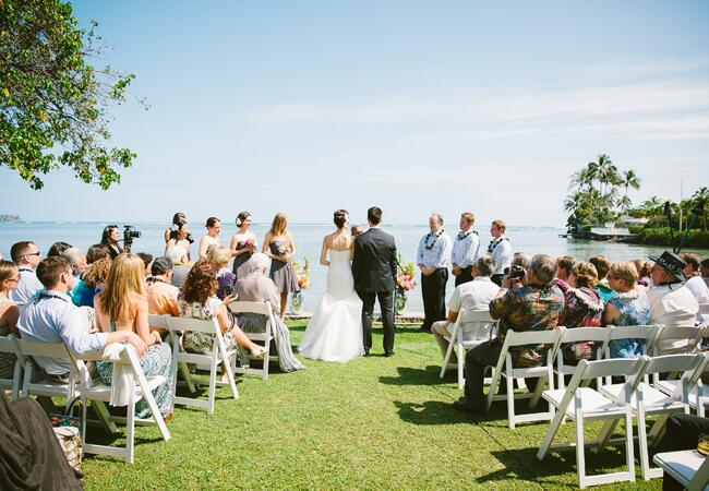Photo: Rebecca Arthurs / Featured: The Knot Blog