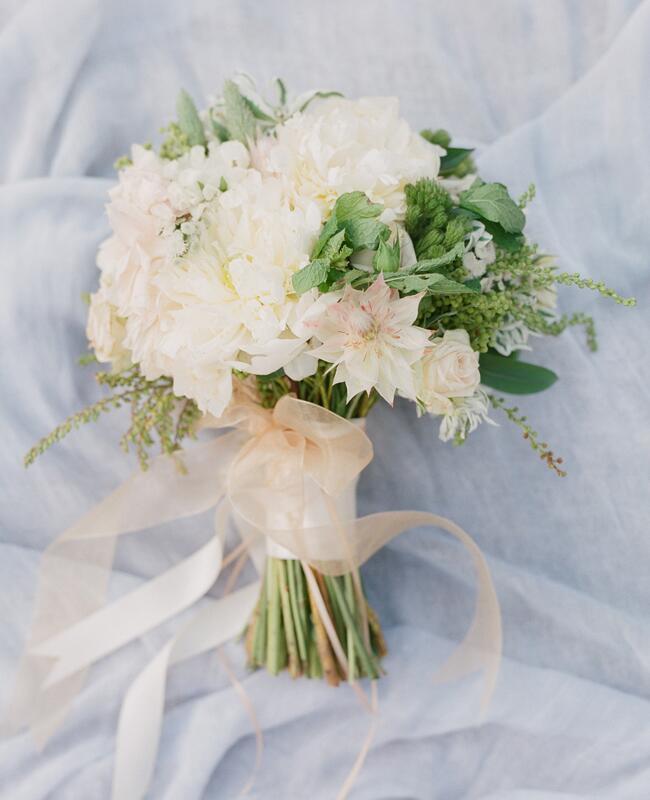 White bridal bouquet by Bridget Reale for Violet and Verde| Corbin Gurkin | blog.theknot.com
