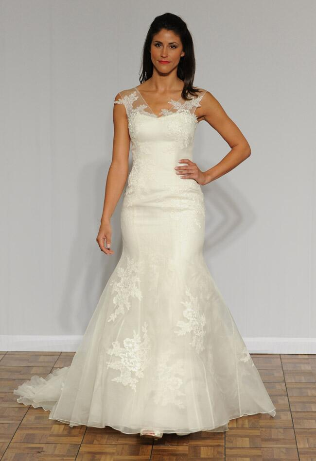 Augusta Jones Fall 2014 wedding dress |<img class=