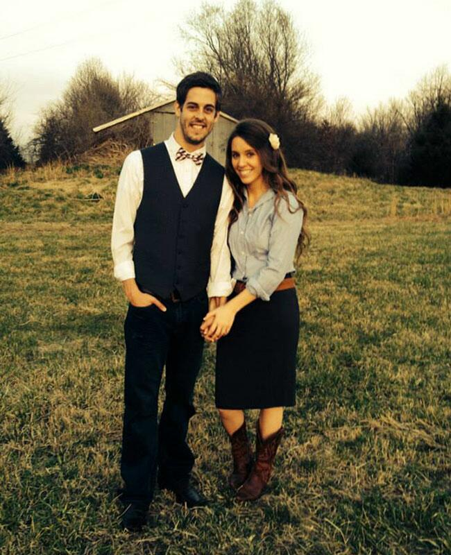 see jill duggar�s engagement ring and engagement pics and