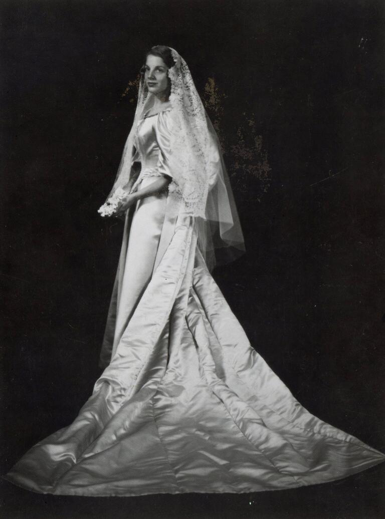 Sara Seiler Ogden wedding dress from 1960
