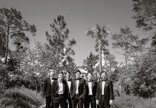 Photo: VUE Photography // Featured: The Knot Blog