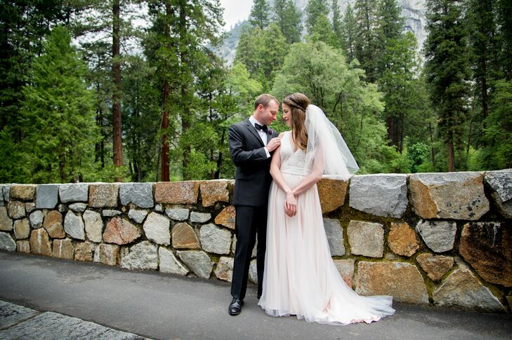 Yosemite Wedding Invitations: Romantic Spring Wedding At Majestic Yosemite Hotel In