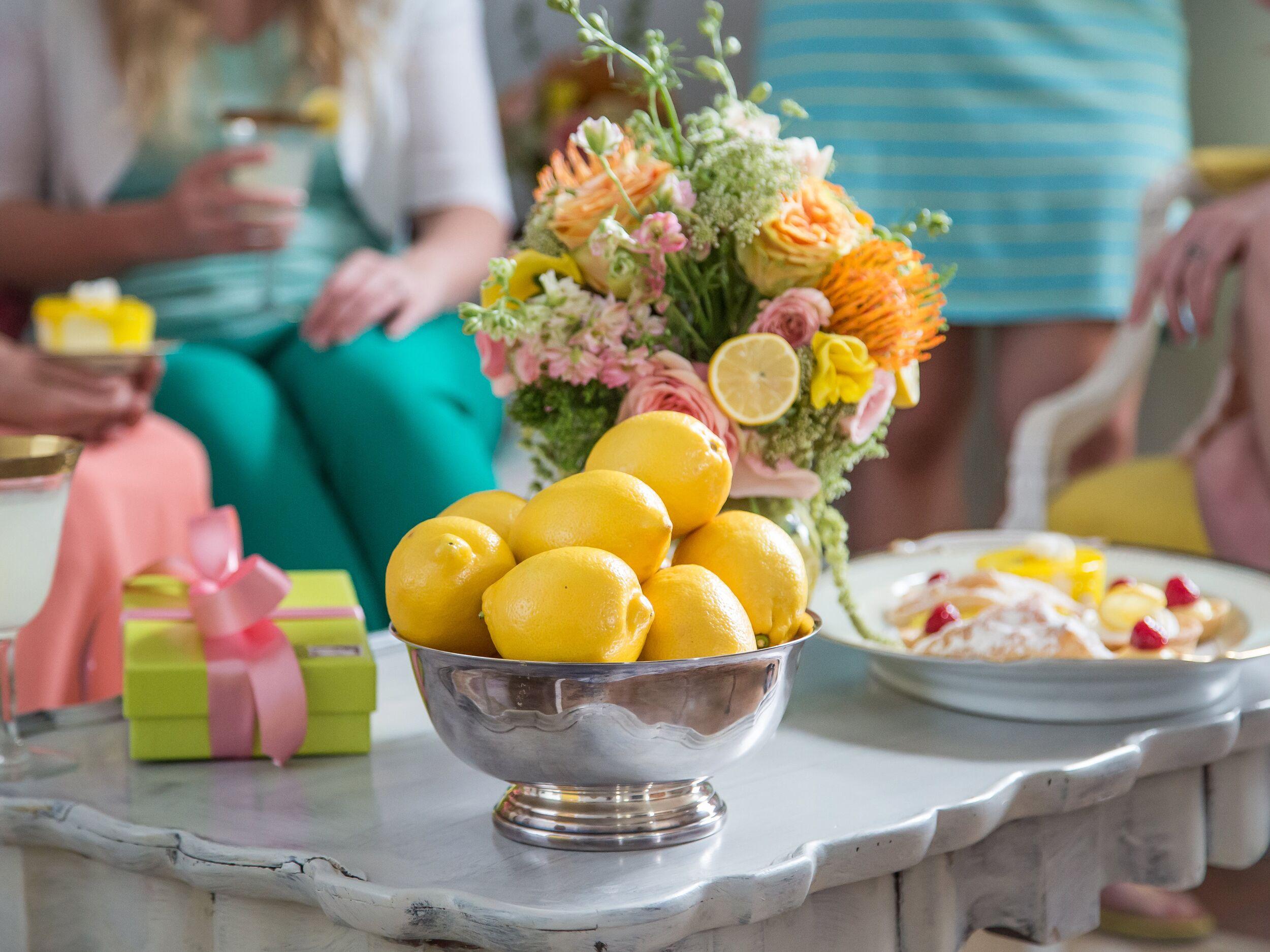 Конкурс на свадьбе с лимоном
