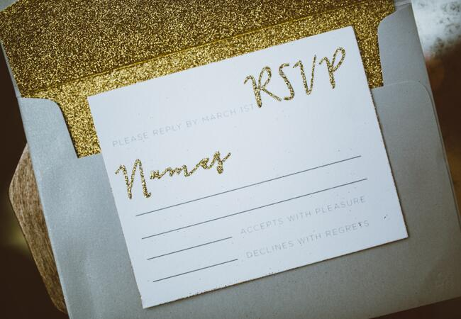 Gold Glitter RSVP Card | Al Gawlik Photography | blog.TheKnot.com