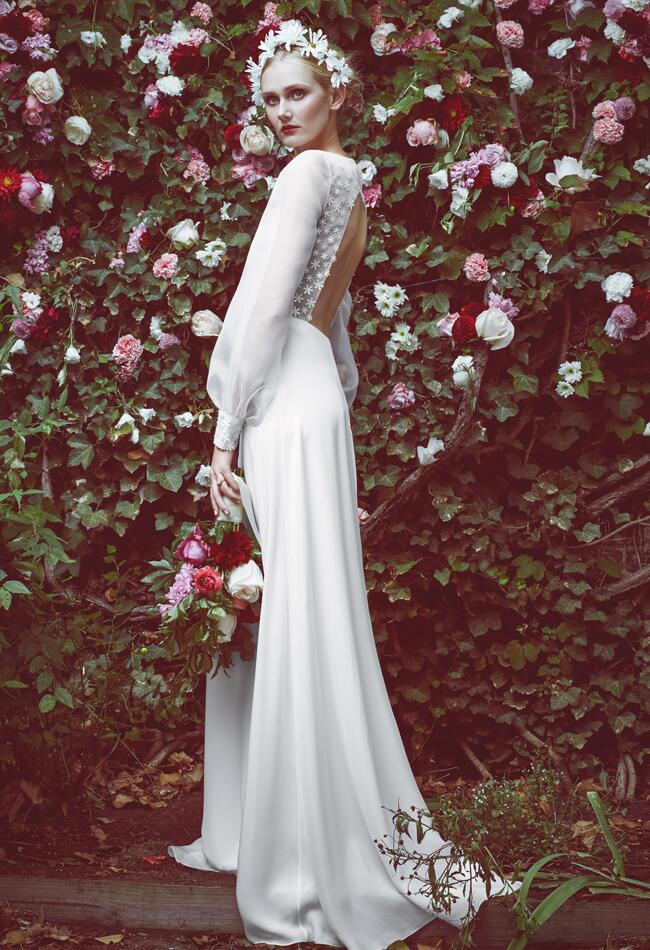 Would you wear these 70s inspired wedding dresses for 70s style wedding dress