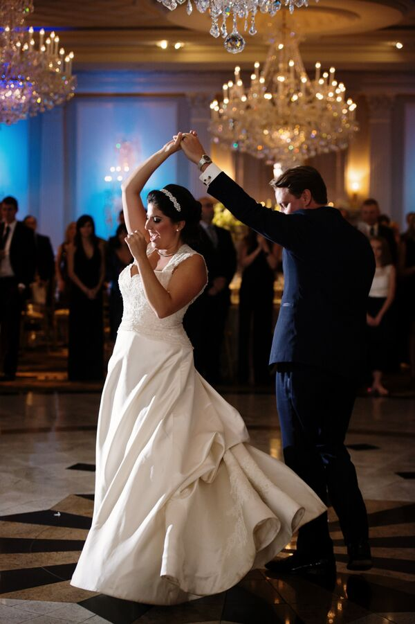 4 Cool Wedding Reception Getaway Ideas pictures