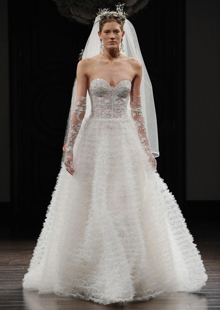 Naeem khan 39 s intricate designs hit bridal fashion week for Naeem khan wedding dress