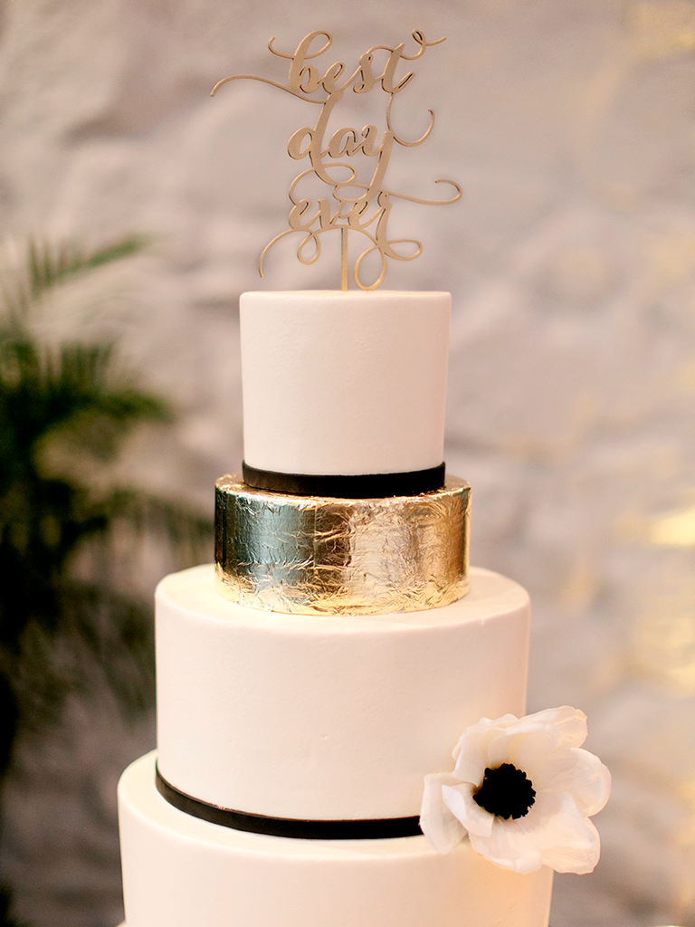 Wedding Cakes Black Gold