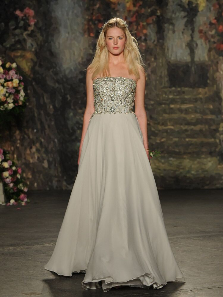 Jenny packham debuts wedding dress collection for bridal for Wedding dress designer jenny packham
