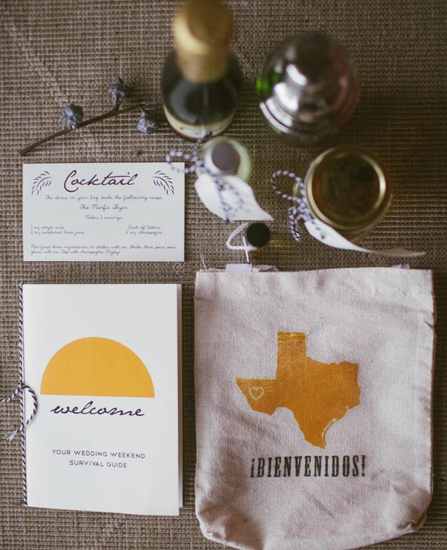 Personalized State Decor: Kat Bevel Photography/ TheKnot.com