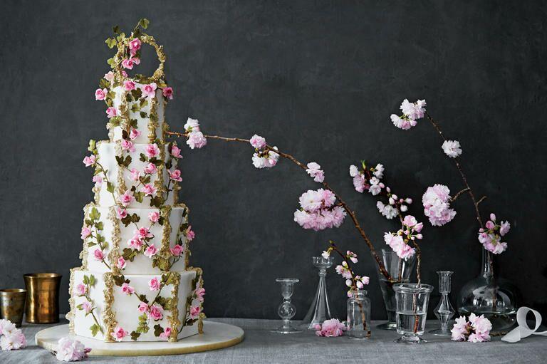 The 25 Prettiest Wedding Cakes Weve Ever Seen - Austin Wedding Cake