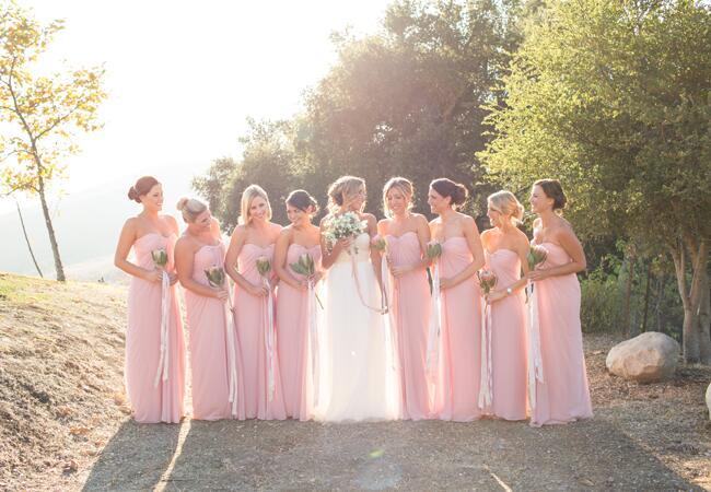 Photo: Jen Lauren Grant // Featured: The Knot Blog