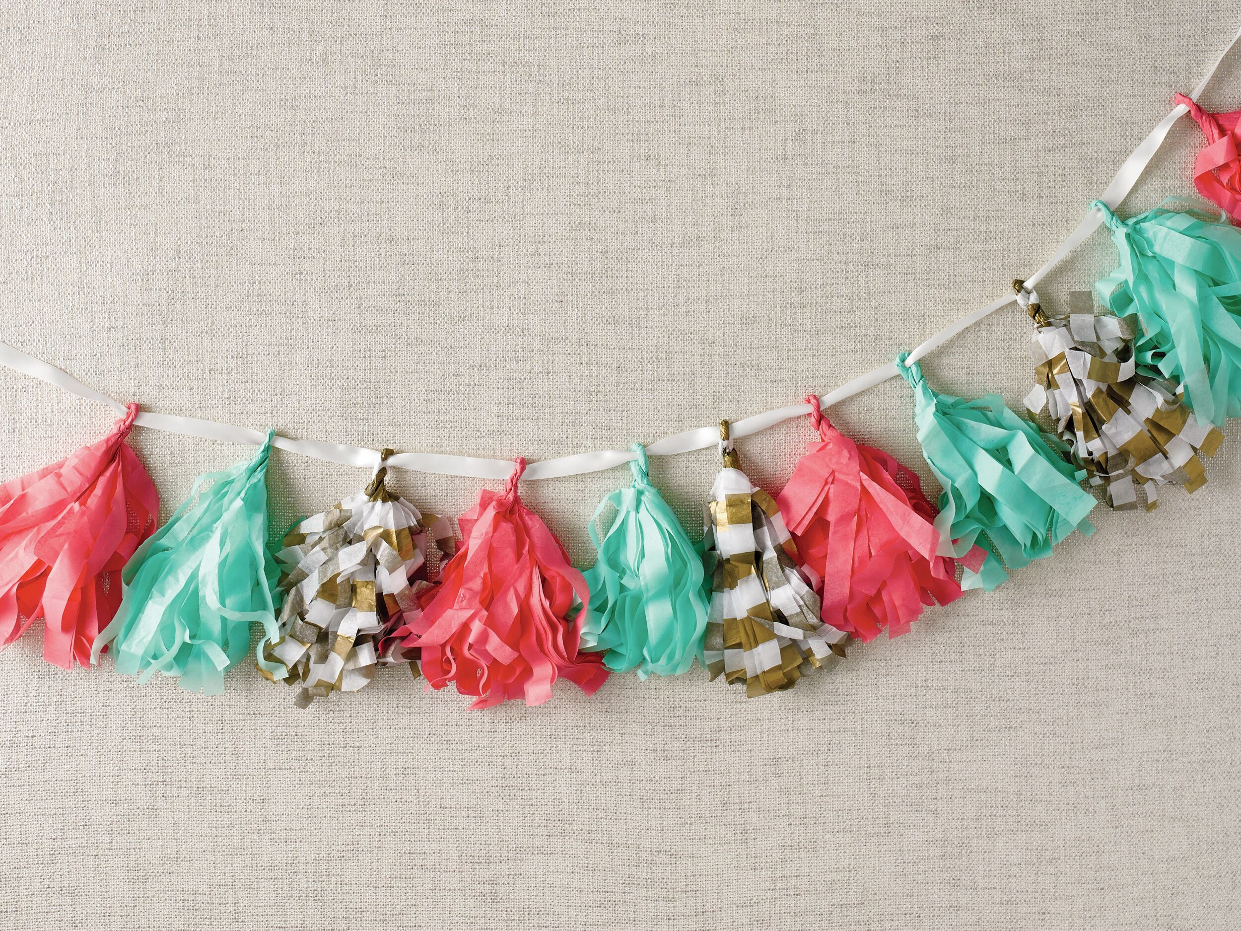 DIY Wedding Tissue Paper Tassel Garland