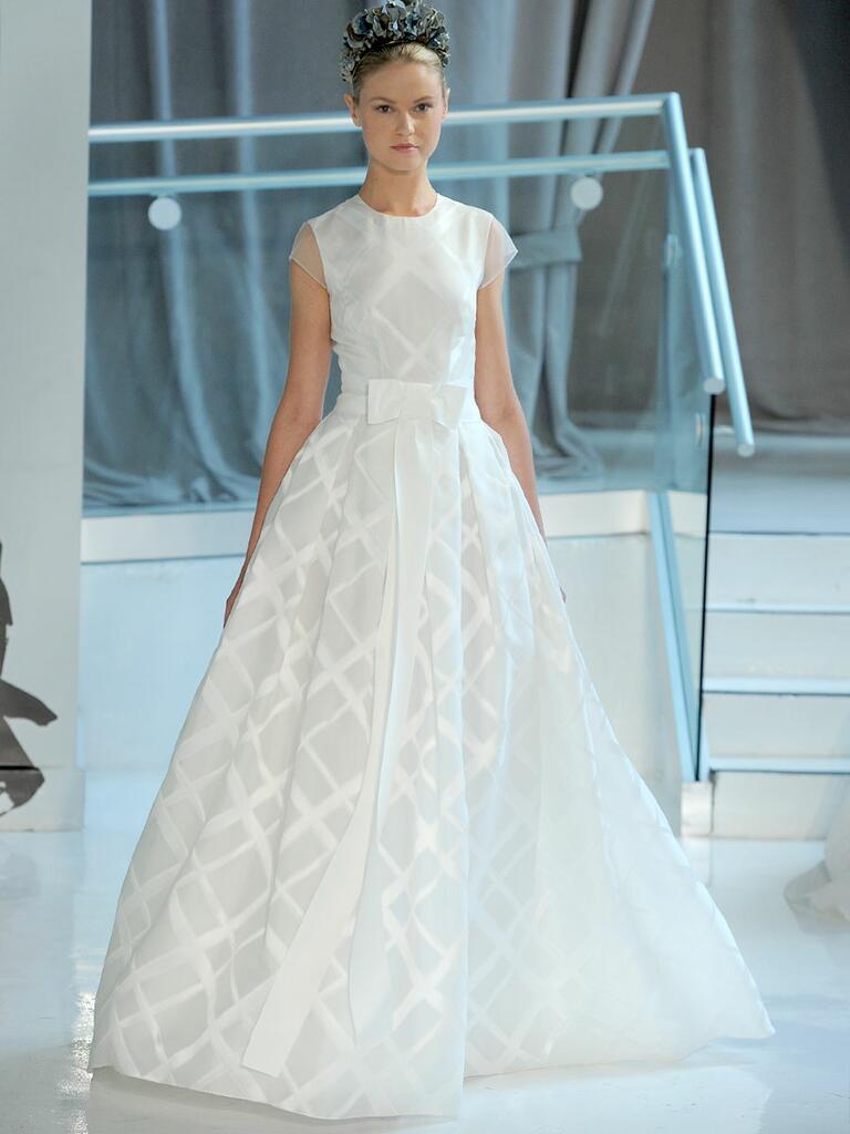 Peter Langner Spring 2018 cap-sleeved wedding dress with waist bow