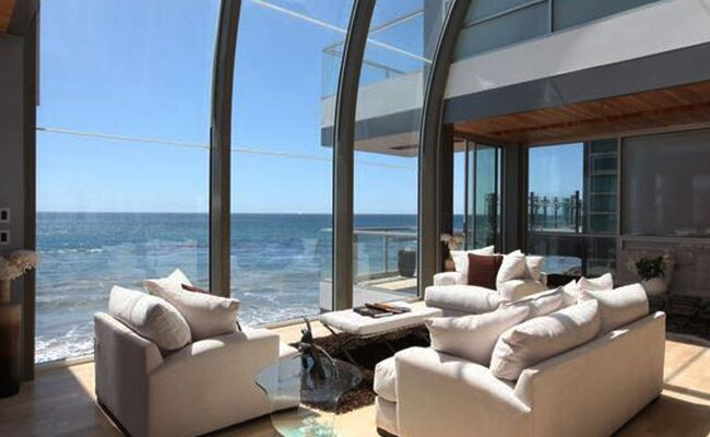 Get Your Samantha Jones on With Her 'Sex and the City' Oceanfront Pad