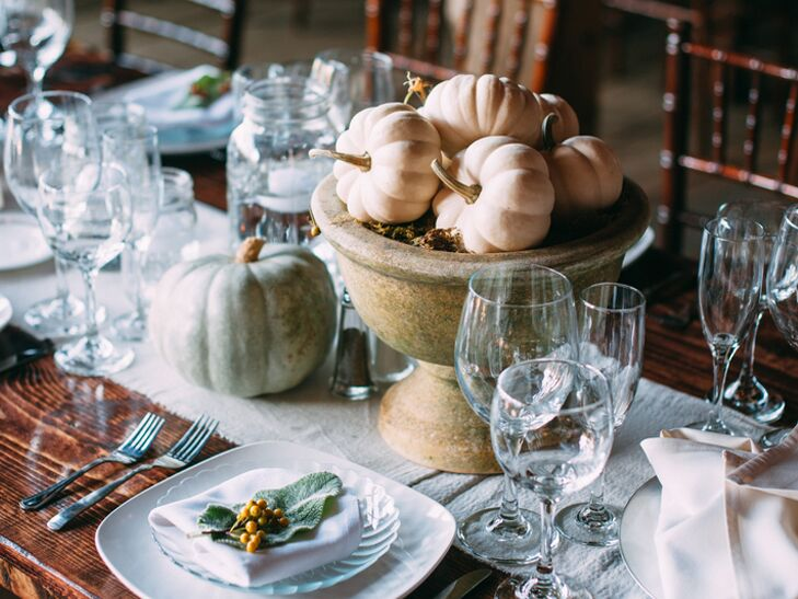 7 Glamorous Ways To Decorate Your Fall Wedding With Pumpkins