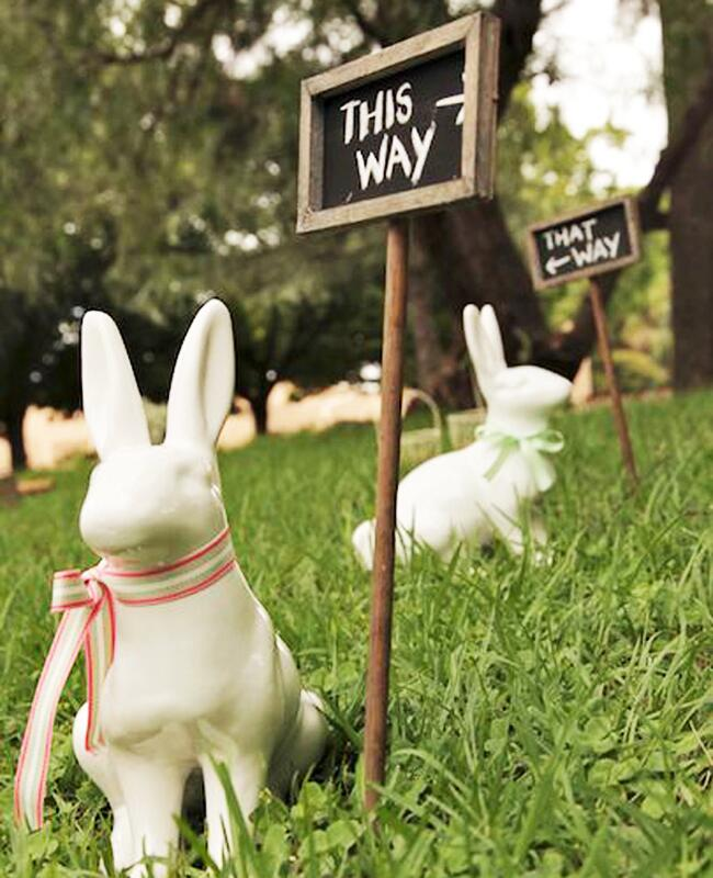 Bunny wedding inspiration: Lisa King Photography / TheKnot.com