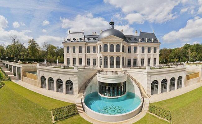 Chateau: Chateau Louis XIV / TheKnot.com