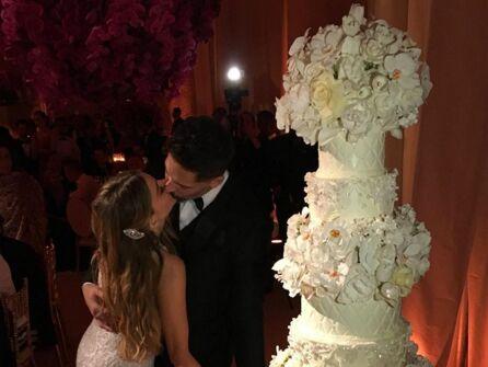 Sofia Vergara Wedding Cake by Sylvia Weinstock