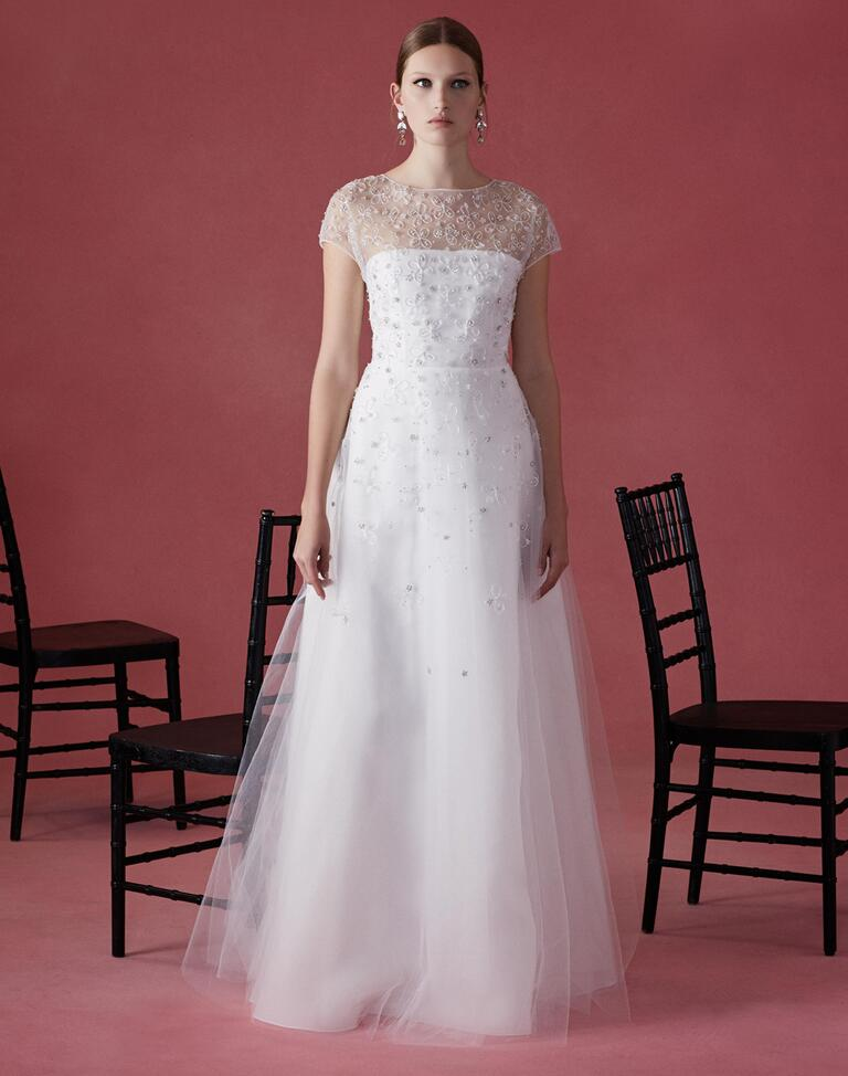Oscar de la renta fall 2016 collection wedding dress photos for Oscar de la renta short wedding dress