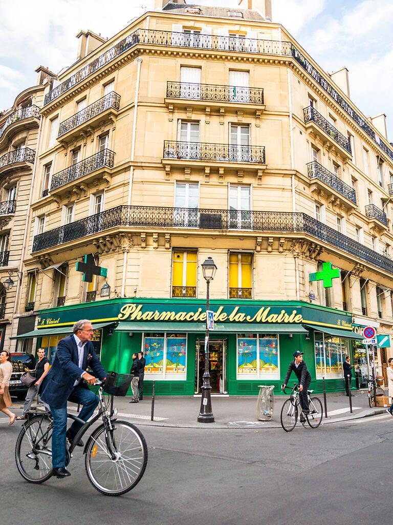 French beauty pharmacy for a travel idea