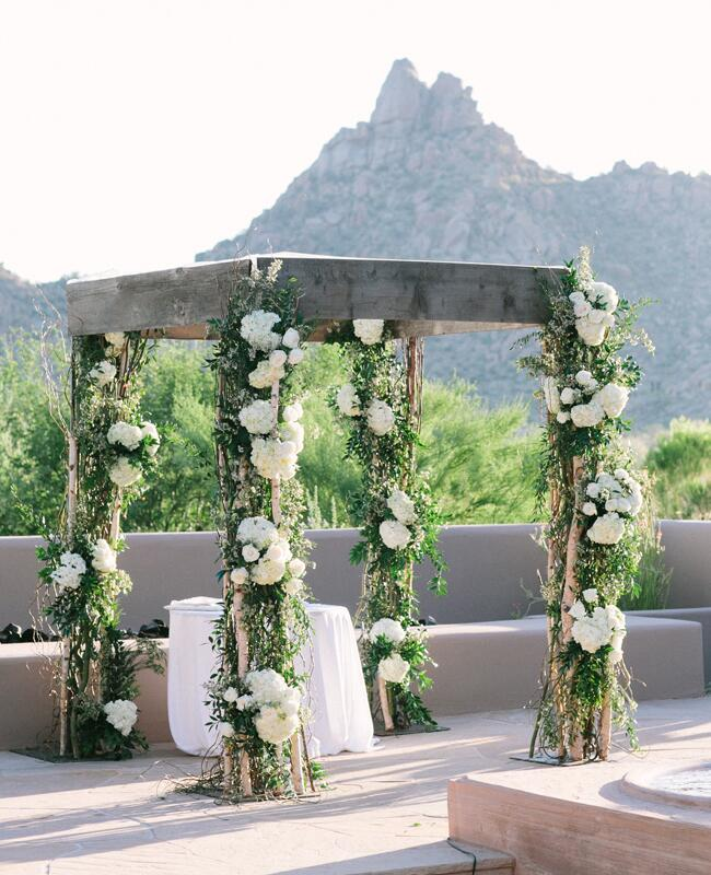 Outdoor Wedding Ceremony: See How One Couple Pulled Off A Black Tie Wedding In The