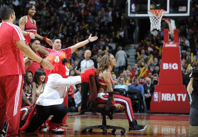 Chicago Bulls Cheerleader Proposal