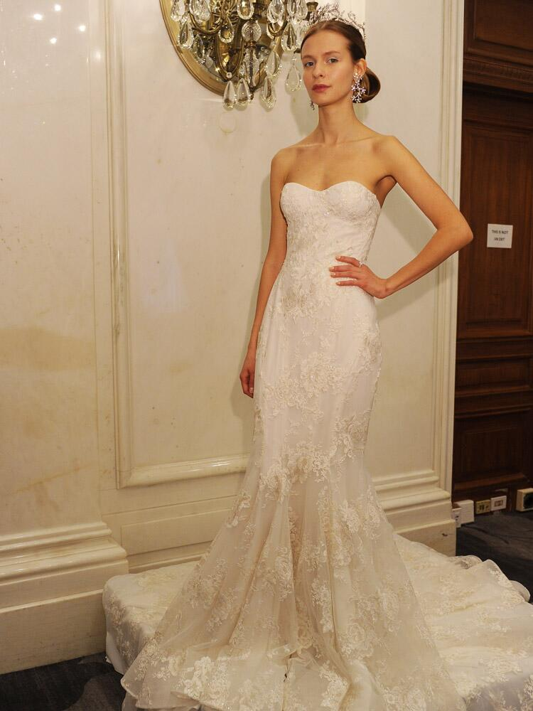 Marchesa spring wedding dresses are all about romance for 2016 for Skin tight wedding dresses